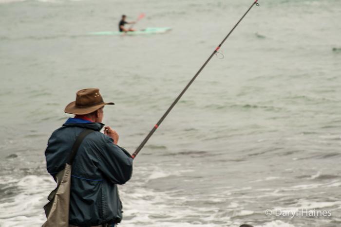 Fishing-at-Burleigh-Heads1.jpg