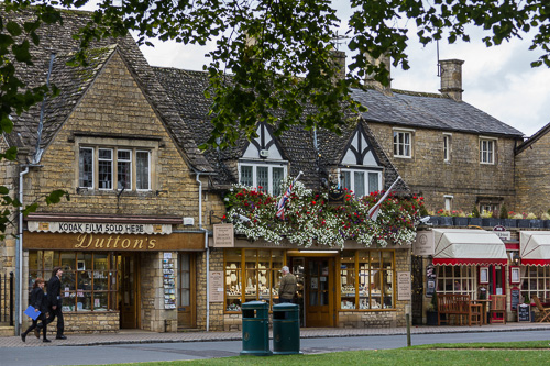 Bourton-on-the-Water High St