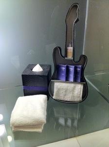 Hard Rock Hotel bathroom