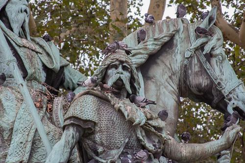 Paris Charlamagne Statue